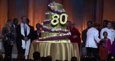 Il Dalai Lama compie 80 anni: grande protagonista del '900