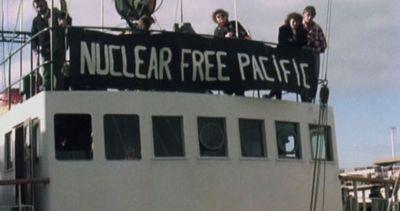 Trent'anni fa l'attacco francese alla nave simbolo di ...