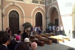 Naufragio: funerali interreligiosi a Catania per 13 vittime