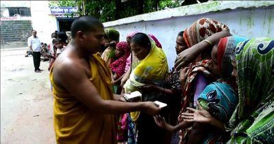 Buddisti in Bangladesh forniscono cibo a musulmani nel ...