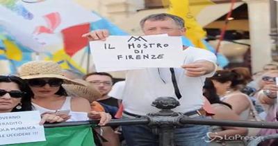 Scuola, protesta fuori da Montecitorio: in aula inizia ...