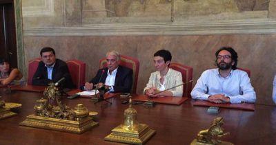Pisapia: Giunta unita, centrosinistra governerà Milano oltre 2016