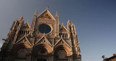 Show in 3D sulla facciata del Duomo di Siena fino al 30 ...