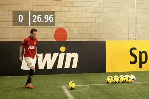Rooney, Mata, De Gea e la sfida dei calcio d'angolo. Chi vince?