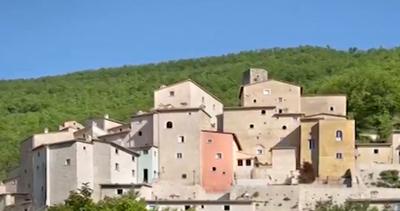 Ventitré milioni per comprare borgo e castello di ...