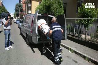 Uccide la madre a coltellate, poi tenta suicidio a Bologna