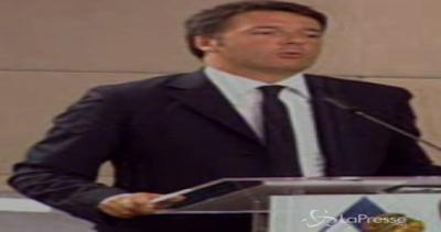 Renzi con gli ambasciatori scherza sul