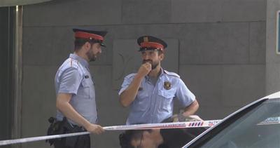 Sparatoria a Barcellona, è caccia all'uomo