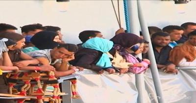 Arrivati a Messina 453 migranti: a bordo anche 14 cadaveri