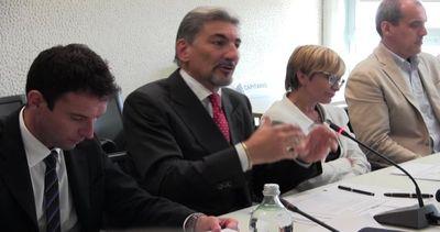 Consiglio regionale Lombardia: 26 sedute e ok a 22 leggi in 2015