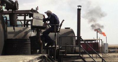 Siria, per la prima volta curdi producono e raffinano il greggio