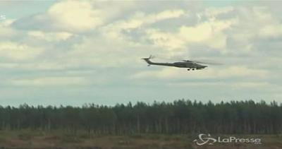 Elicottero si schianta durante esibizione in Russia: morto ...
