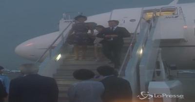 Renzi in Giappone con la moglie Agnese e la figlia Ester