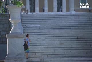 Grecia, riapre Borsa Atene ed e' tonfo, -23%