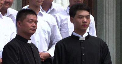 Dopo 3 anni ordinato un vescovo in Cina, con benedizione ...