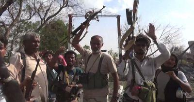 In Yemen forze lealiste riconquistano importante base aerea