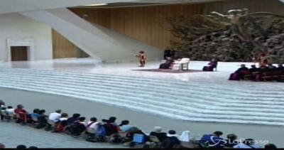 Papa: Risposati non sono scomunicati, Chiesa madre attenta ...