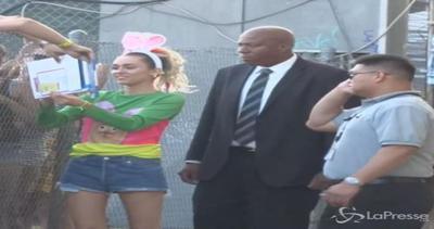 Miley Cyrus coniglietta al Jimmy Kimmel Live: sui social lo ...