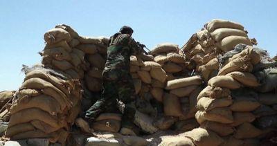 Iraq, la battaglia per Sinjar si combatte a bombe a mano
