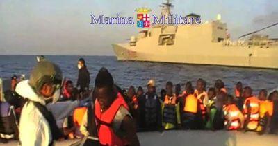 Sbarchi senza sosta, migranti soccorsi nel Canale di Sicilia