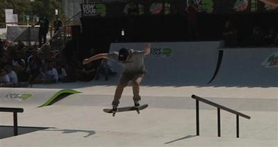 Campioni di skateboard in scena ad Amsterdam