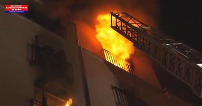 Parigi, peggior incendio degli ultimi 10 anni: 8 morti