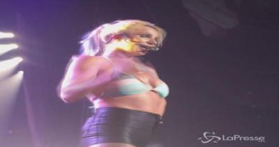 Britney Spears delusa dagli uomini: Possono succhiarmi ...
