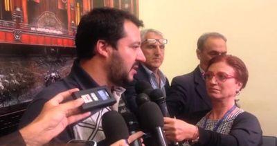 Migranti, Salvini: se il governo non si sveglia la gente ...