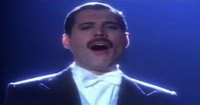 """Brian May ricorda Freddie Mercury: """"E' sempre con noi"""""""