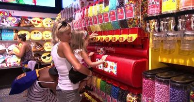 Il tempio delle caramelle Dylan's Candy Bar apre a Union ...