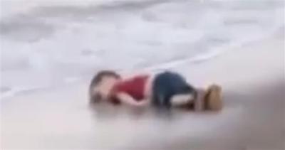 Allarme rifugiati: trovato bambino morto sulla spiaggia