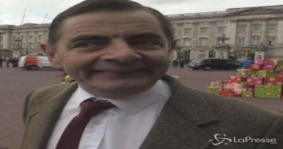 Mr Bean compie 25 anni: festa grande a Londra con Teddy e i ...
