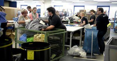A Monaco di Baviera gara di doni per i profughi