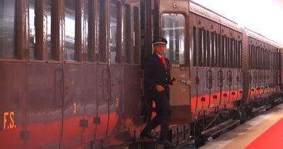 """Franceschini sul treno storico a Pietrarsa: """"Valorizzare il ..."""