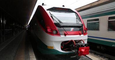 Cinque nuovi treni per il collegamento espresso ...