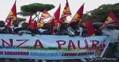 Corteo Usb a Roma: 'Lavoratori e cittadini uniti per la ...