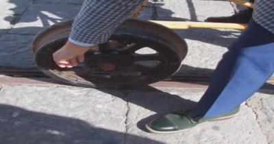 Ecco come funziona la 'bici su ferro' del ministro ...