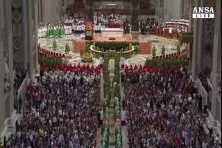 Papa: Chiesa con porte chiuse tradisce se stessa