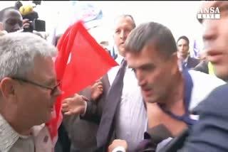 Air France, Hollande: violenze inaccettabili