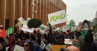 Expo invasa dai giovani contadini di Slow Food da tutto il ...