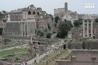 Roma: procura apre fascicolo su spese Marino