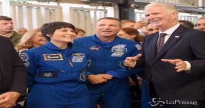 L'astronauta Samantha Cristoforetti in visita a Expo: ...