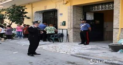 Napoli, anziana trovata morta in casa legata e imbavagliata
