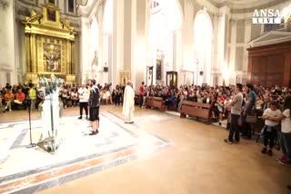 Napoli, folla in ricordo del diciassettenne ucciso