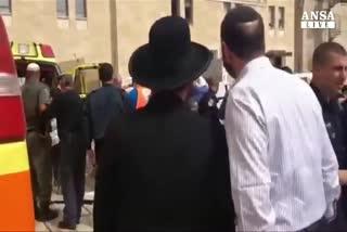 Gerusalemme, ebrei pugnalati in Citta' Vecchia