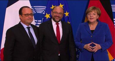 Merkel e Hollande arrivano al Parlamento di Strasburgo