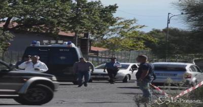 Catania, ventenne uccisa a coltellate nella sua auto