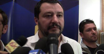 """Salvini: """"Le dimissioni di Marino sono la disfatta di Renzi"""""""