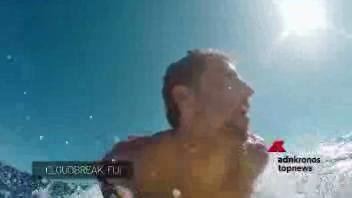 Surf dentro l'onda