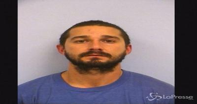 Shia LaBeouf in strada ubriaco in Texas: arrestato